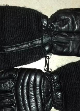 Перчатки лыжные кожаные 110-116р. черные состояние отличное
