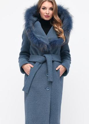 Натуральное зимнее пальто с натуральным мехом