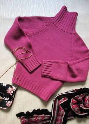 Яркий свитерок  benettton