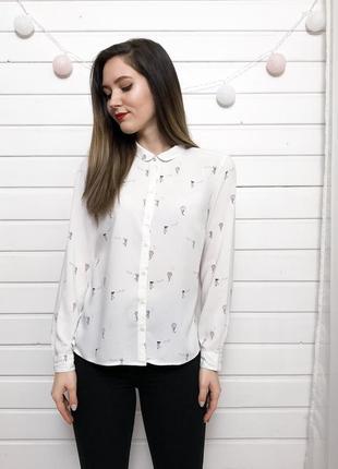 Молочная рубашка с красивым принтом clockhouse