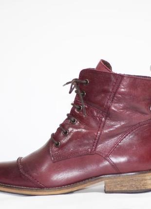 Кожаные ботинки duffy