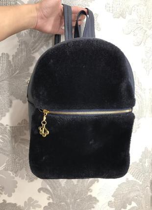 Рюкзак с мехом