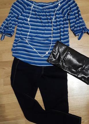 Блузка трикотажная с открытыми плечами 42/xl/50