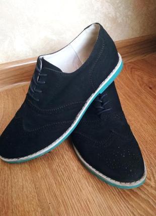 Фирменные туфли 39р