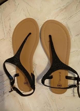 Новые сандалии стелька 25