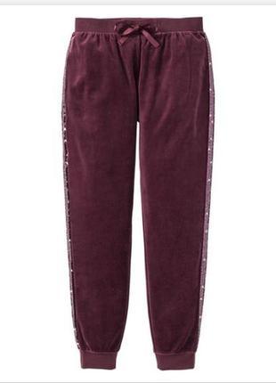 Стильные спортивные штаны esmara