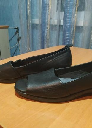 Мягкие и очень удобные туфли