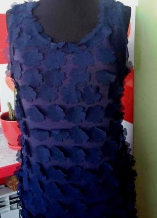 """Очень интересное платье-футляр """"gizia"""" с аппликациями темно-синего цвета - м/l"""
