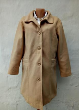 Абалденное красивое мягкое тепленькое легкое пальто цвет кемел,жакет.