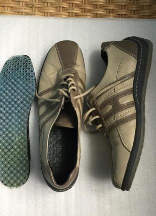 Кожаные спортивные туфли go soft