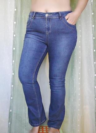 Красивые джинсы фасона bootcut, 80% хлопка