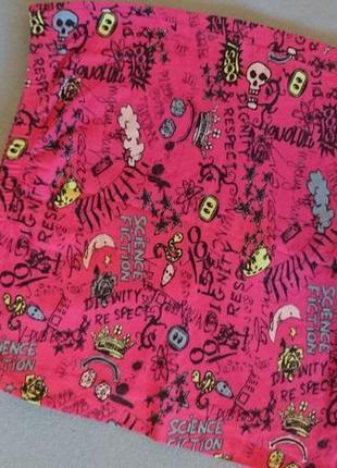 Яркая мини юбка bershka