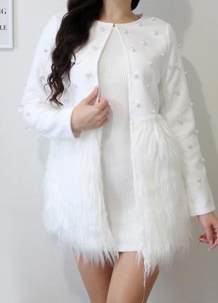 ❤️ белый пиджак с искусственным мехом и бусинами / размер s