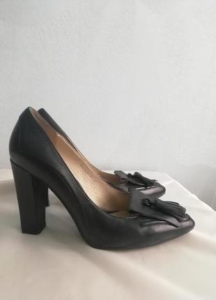 Шикарные туфли braska