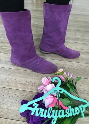 Яркие кожаные ботинки полу сапожки