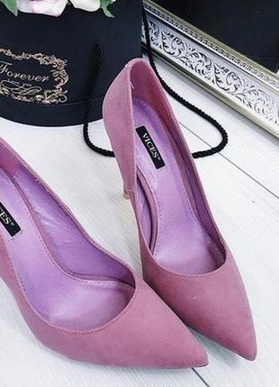 Новые розовые замшевые туфли лодочки размер 36,39,40,41