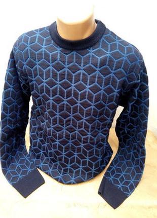 Красивый, нарядный свитер 50/52рр. турция