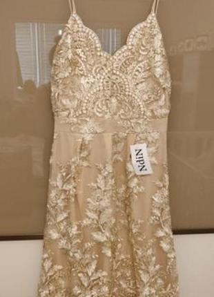 Шикарное новое платье размер м,  цена в магазине была 1700грн