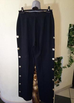 Эксклюзивные брюки с лампасами