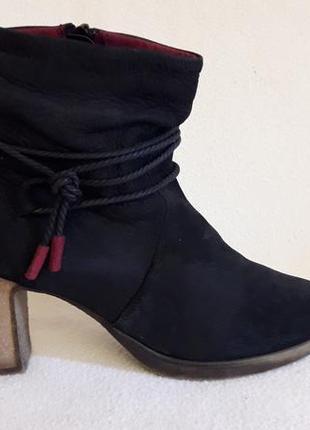Кожаные ботинки фирмы tamaris ( германия) р. 40 стелька 26 см