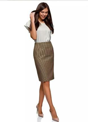 Очень стильная юбка-карандаш в клетку oodgi