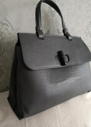 Большая стильная кожаная сумка borse in pelle