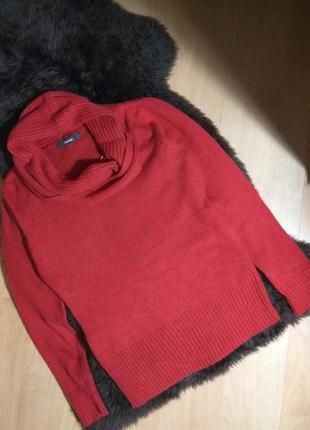 Красивый свитер с ангорой