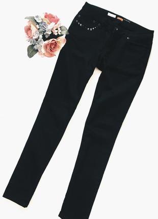 Крутые чорные джинсы м размер отличное состояние