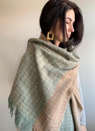 Двухцветный шарф широкий