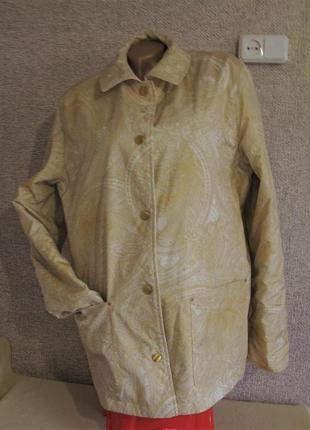 Двухсторонняя ( 2 в 1) стеганая деми куртка оверсайз  размер eur 42/ 44