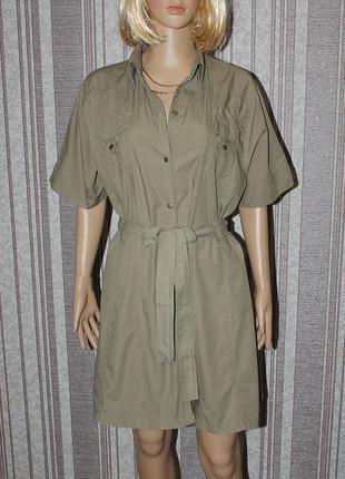 Котоновое платье в стиле милитари