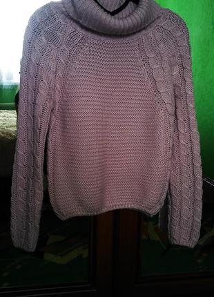 Нежный свитер с  косами пудрового цвета