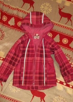 Красивая куртка ветровка фирмы topolino на девочку 3 годика