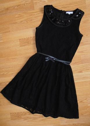 Нарядное гиипюровое платье