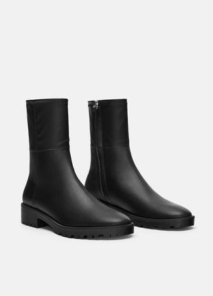 Новые фирменные ботинки / полусапоги р.36,37,38,39,40
