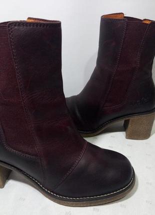 Кожаные сапоги,ботинки kickers (кикерс), 35р,стелька22,5см, отличное состояние