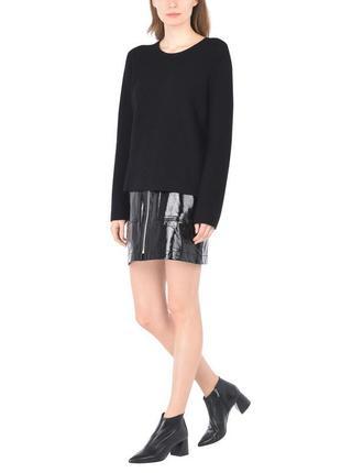 Чёрная,красивая,лаковая ,латоксная мини юбка впереди на молнии,ретро стиль