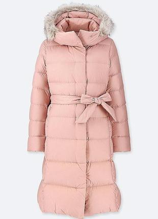 Теплый, легкий пуховик от uniqlo. пальто на пуху. оригинал. размер s.