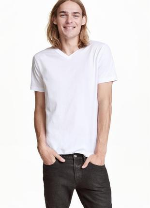 Белая футболка h&m с v-образным вырезом