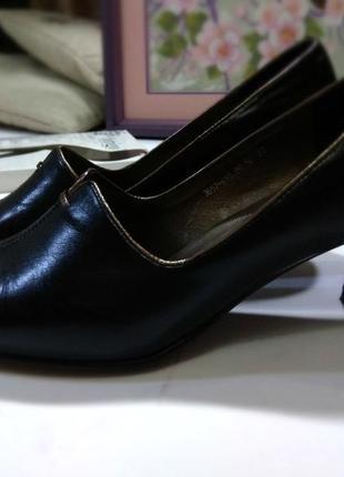 Оригинальные фирменные туфли kadandier р.37 натуральная кожа