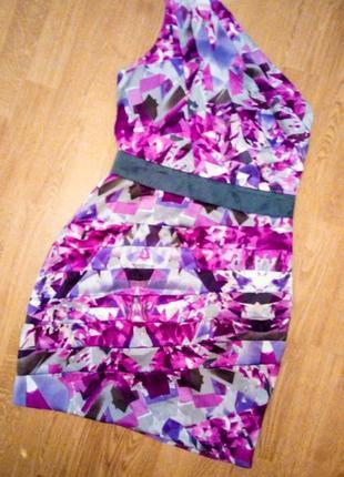 Lipsy платье на одно плечо цветное фирменное