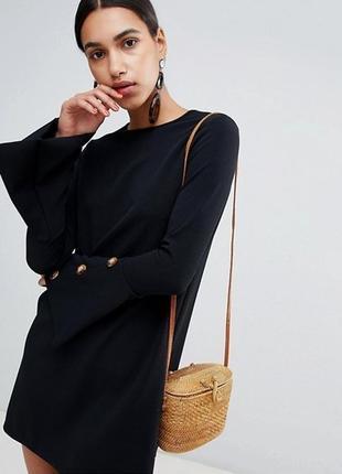 Черное платье платьице сукня с клешными рукавами