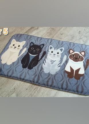 Коврик в ванную. коврик в прихожую. мягкий коврик с котиками.