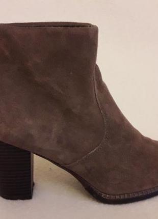 Натуральные замшевые ботинки фирмы 5th avenue ( германия) р. 37 стелька 24 см