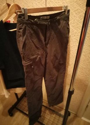 Сортивные брюки от бренда windriver.