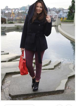 Стильное пальто с капюшоном zara 48 размер