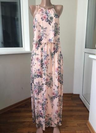 Красивое платье в пол