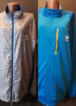 Двухсторонняя фирменная спортивная куртка ветровка