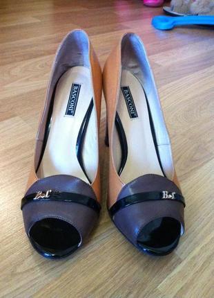 Продам туфельки баскони из натуральной кожи, 37 размер.