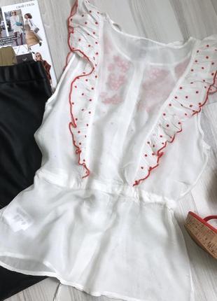 Красивая блуза с вышивкой4
